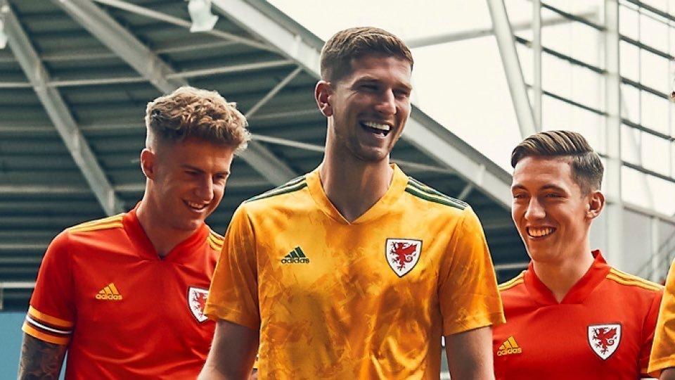 Camisas do País de Gales 2020-2021 Adidas