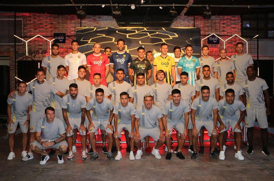 Camisas do Club Guarani 2020 Saltarín Rojo