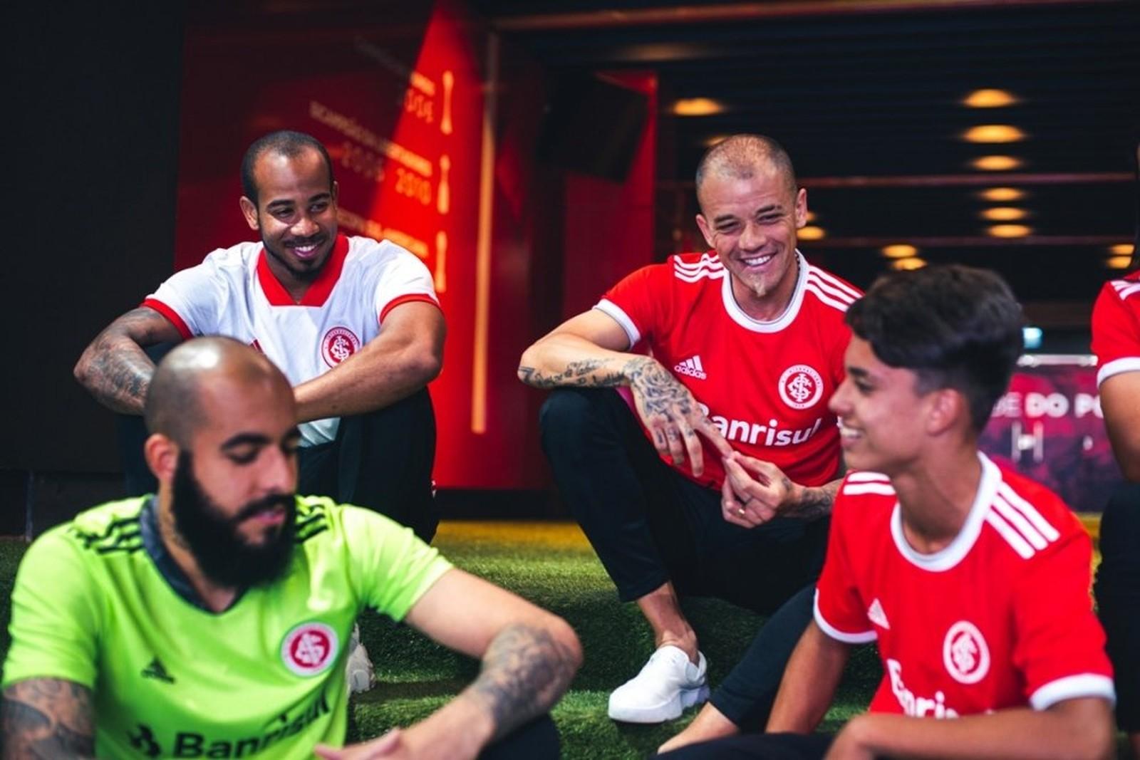 Novas Camisas Do Internacional 2020 Adidas Mantos Do Futebol
