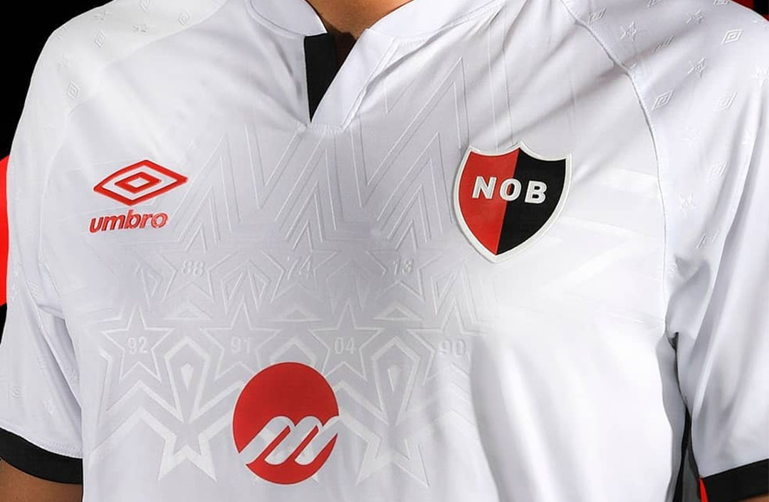 Camisas do Newell's Old Boys 2020 Umbro Reserva abre
