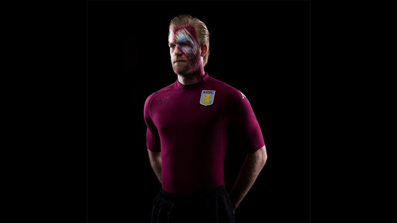Camisa Kombat 2000 do Aston Villa 2020 Kappa abre