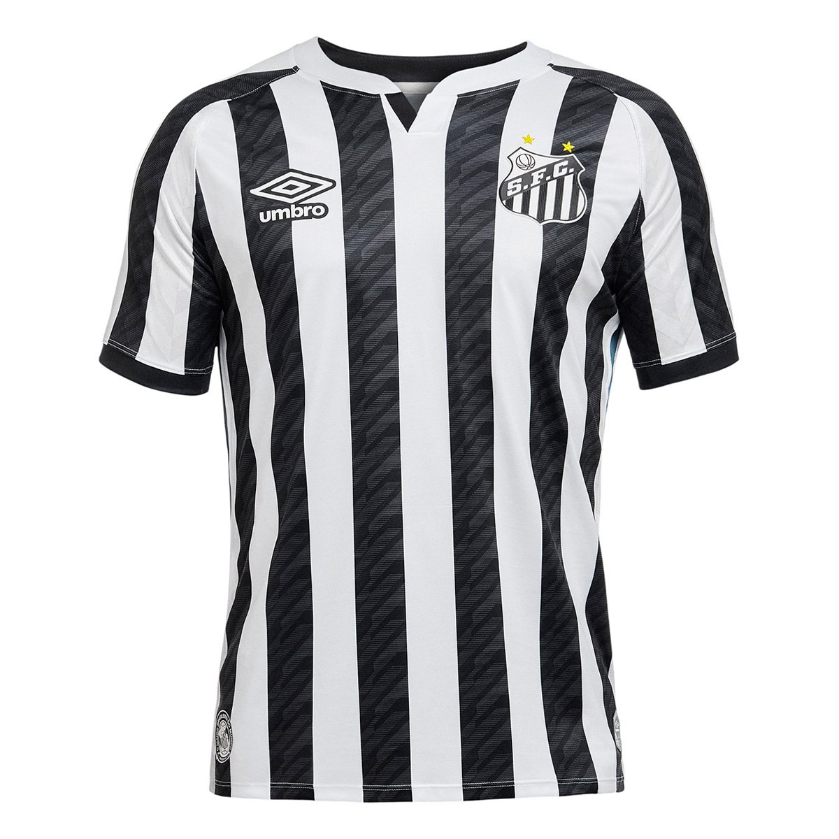 https://assets-mantosdofutebol.sfo2.digitaloceanspaces.com/wp-content/uploads/2020/05/Camisas-do-Santos-FC-2020-2021-Umbro-Listrada-1.jpg