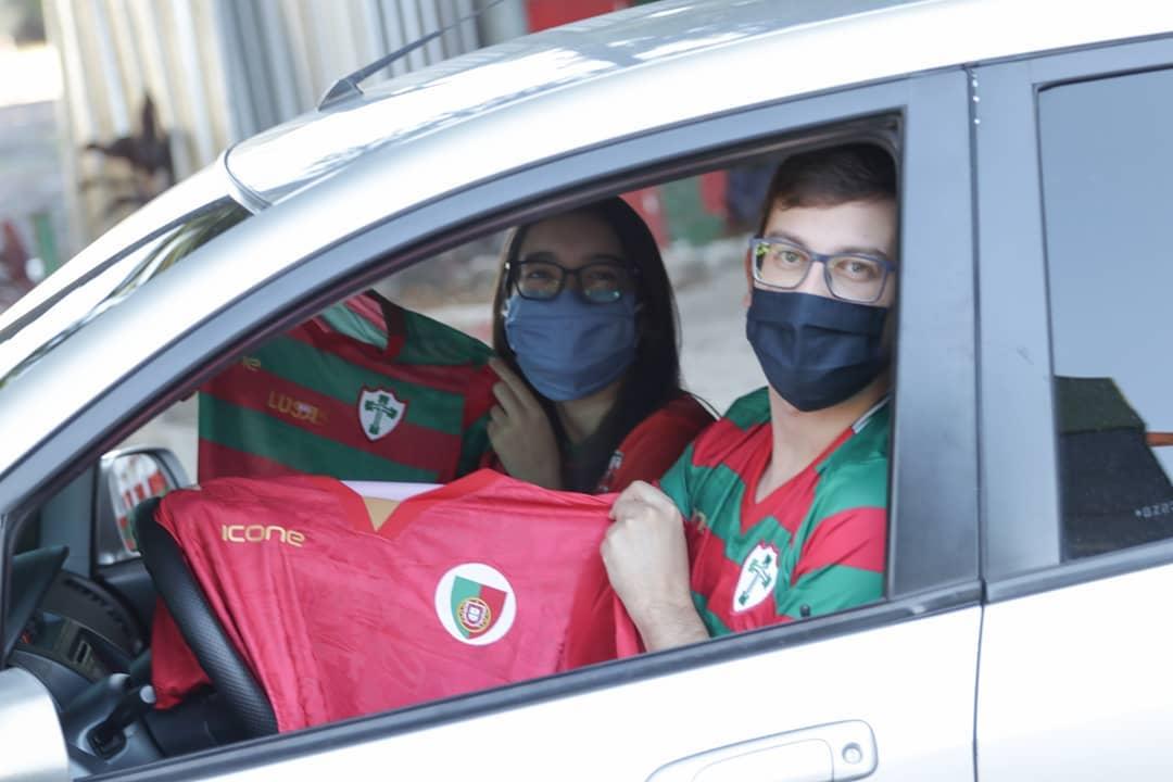 Drive Thru Solidário portuguesa