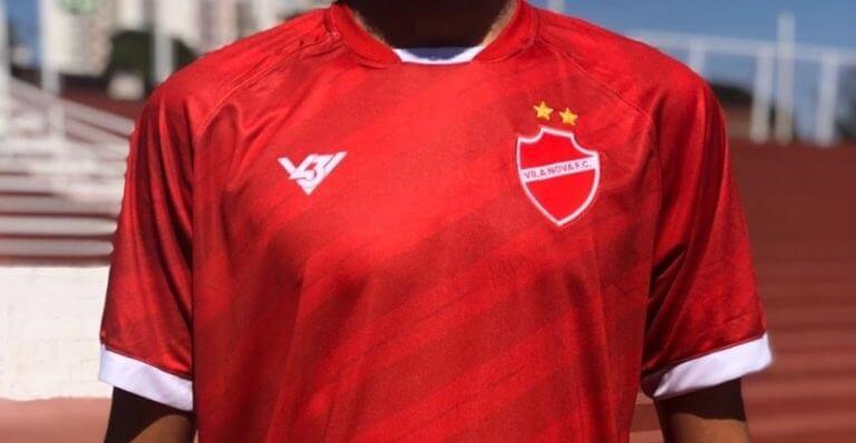 Vila Nova lança camisa popular para combater pirataria