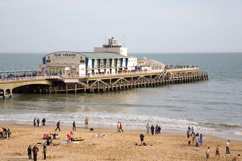 bournemouth_pier_beach