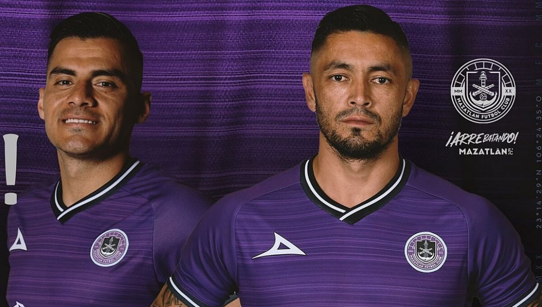 Camisa comemorativa do Mazatlán FC 2020-2021 Pirma