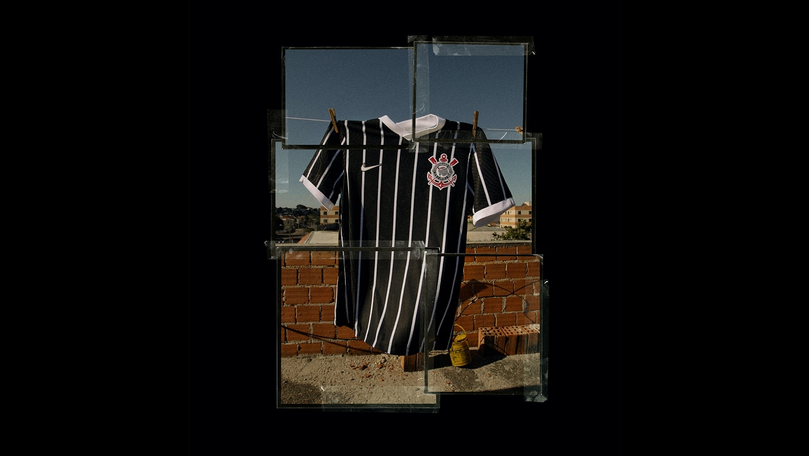 Camisa reserva listrada do Corinthians 2020-2021 Nike 1