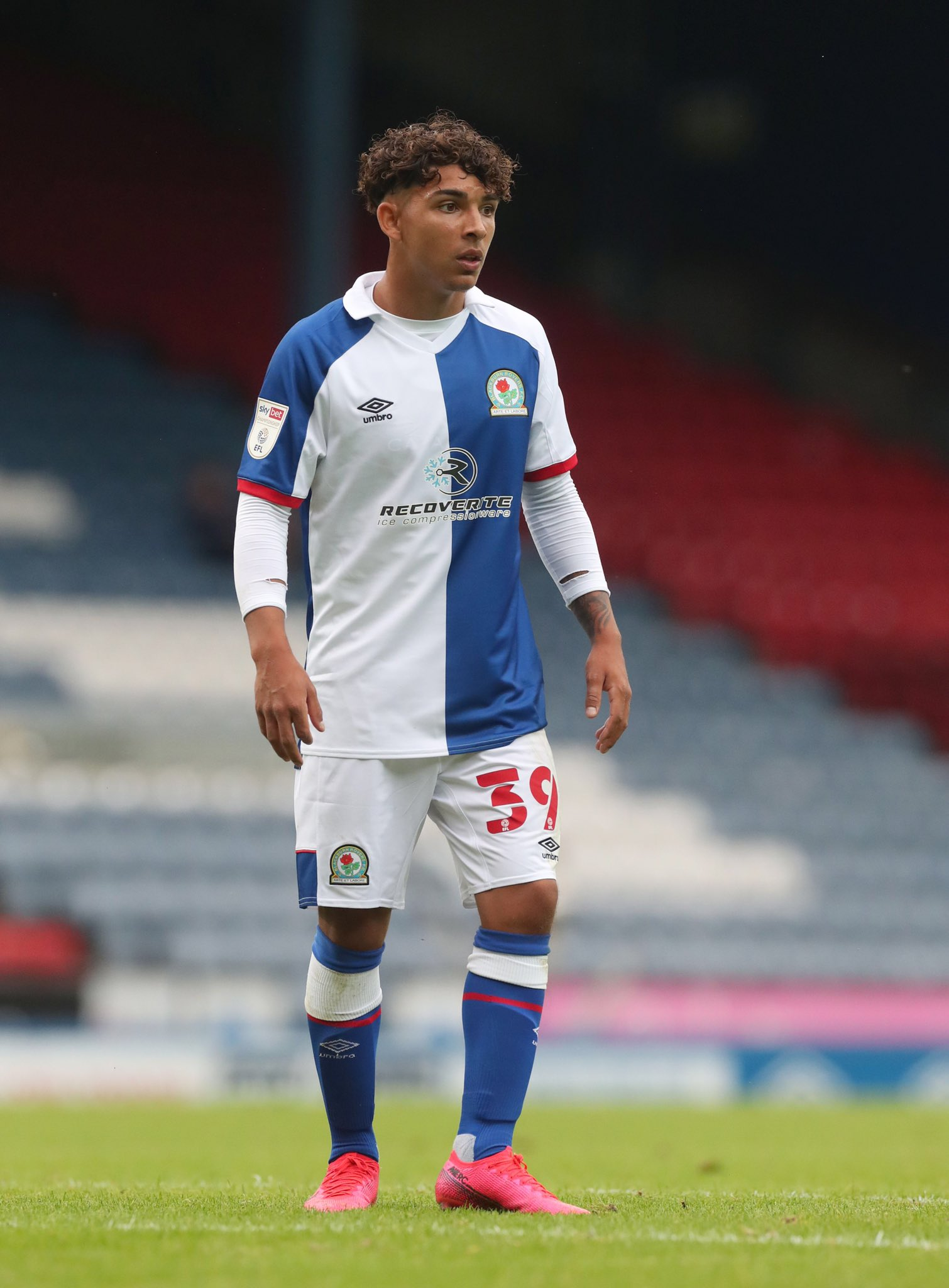 Camisas do Blackburn Rovers 2020-2021 Umbro kit