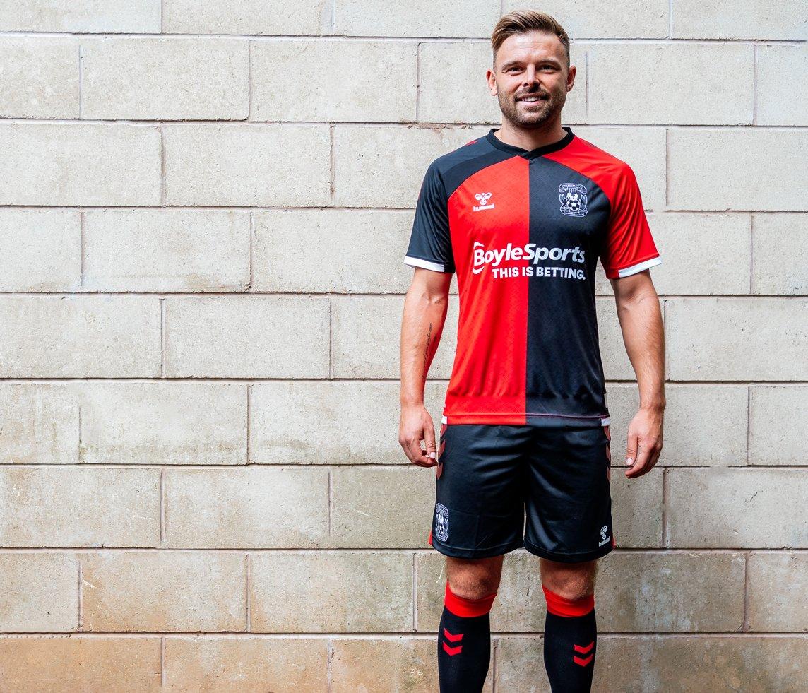 Camisas do Coventry City 2020-21 Hummel Reserva