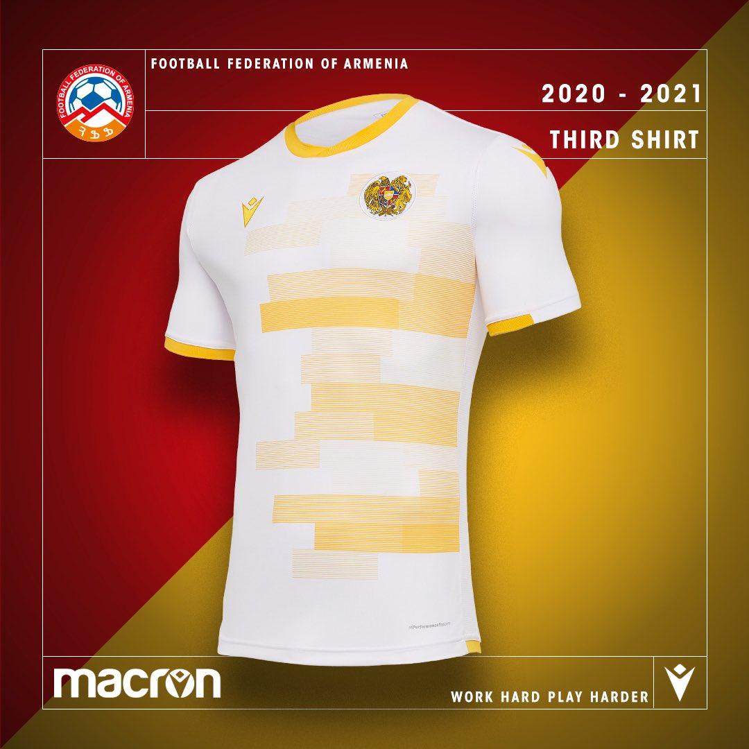 Terceira camisa da Seleção da Armênia 2020-2021 Macron