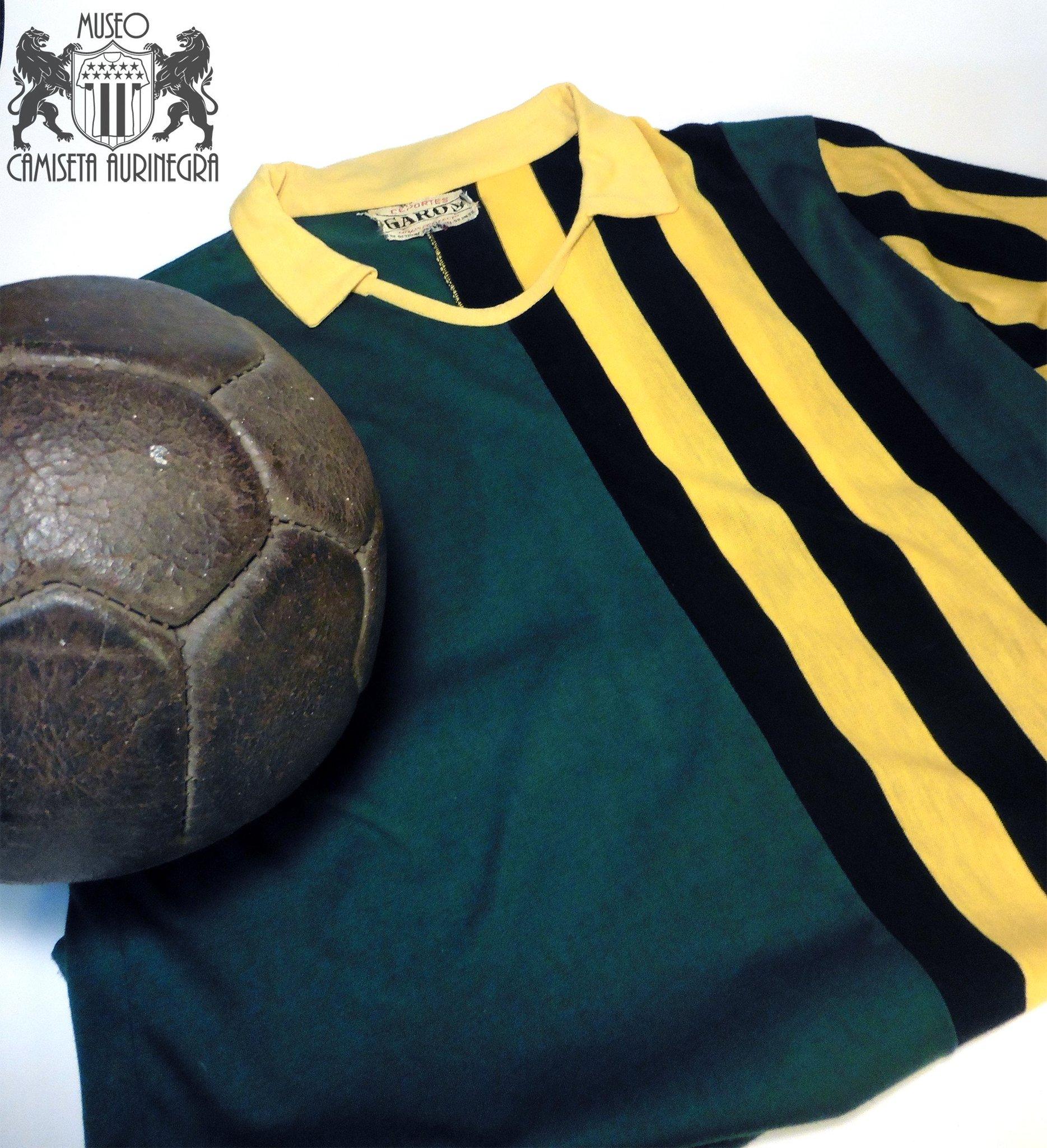 Camisa dos 129 anos do Peñarol 2020 PUMA 5