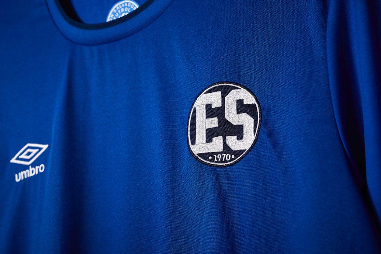 Camisa retrô de El Salvador Copa do Mundo 1970 Umbro 1
