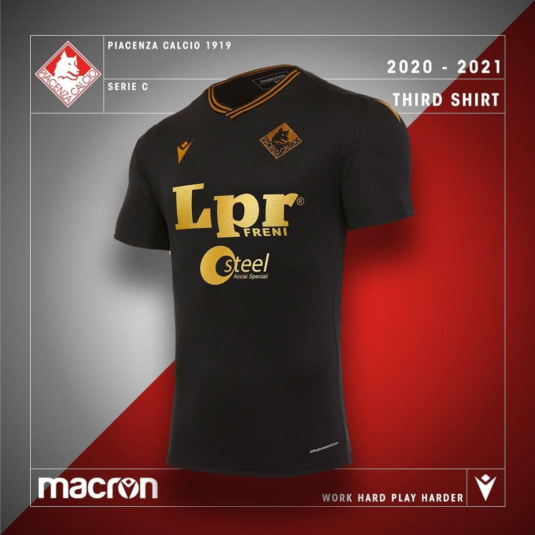 Camisas do Piacenza Calcio 2020-2021 Macron