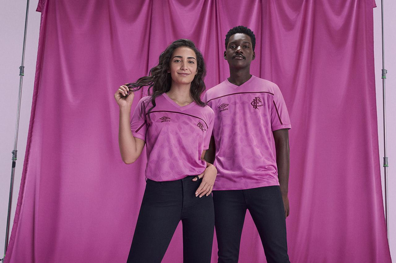 Camisa Umbro FEMAMA Outubro Rosa Fluminense