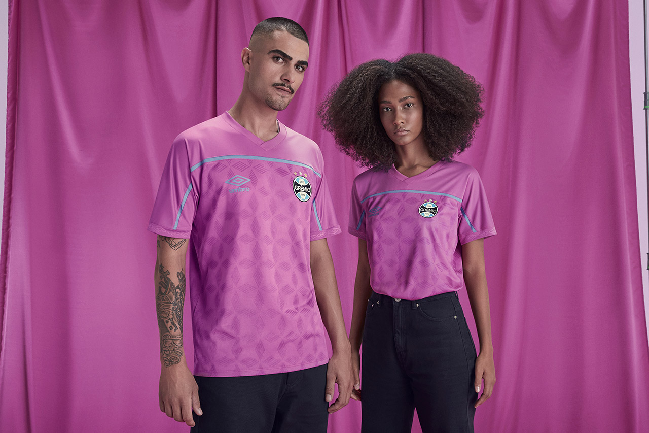 Camisa Umbro FEMAMA Outubro Rosa Grêmio