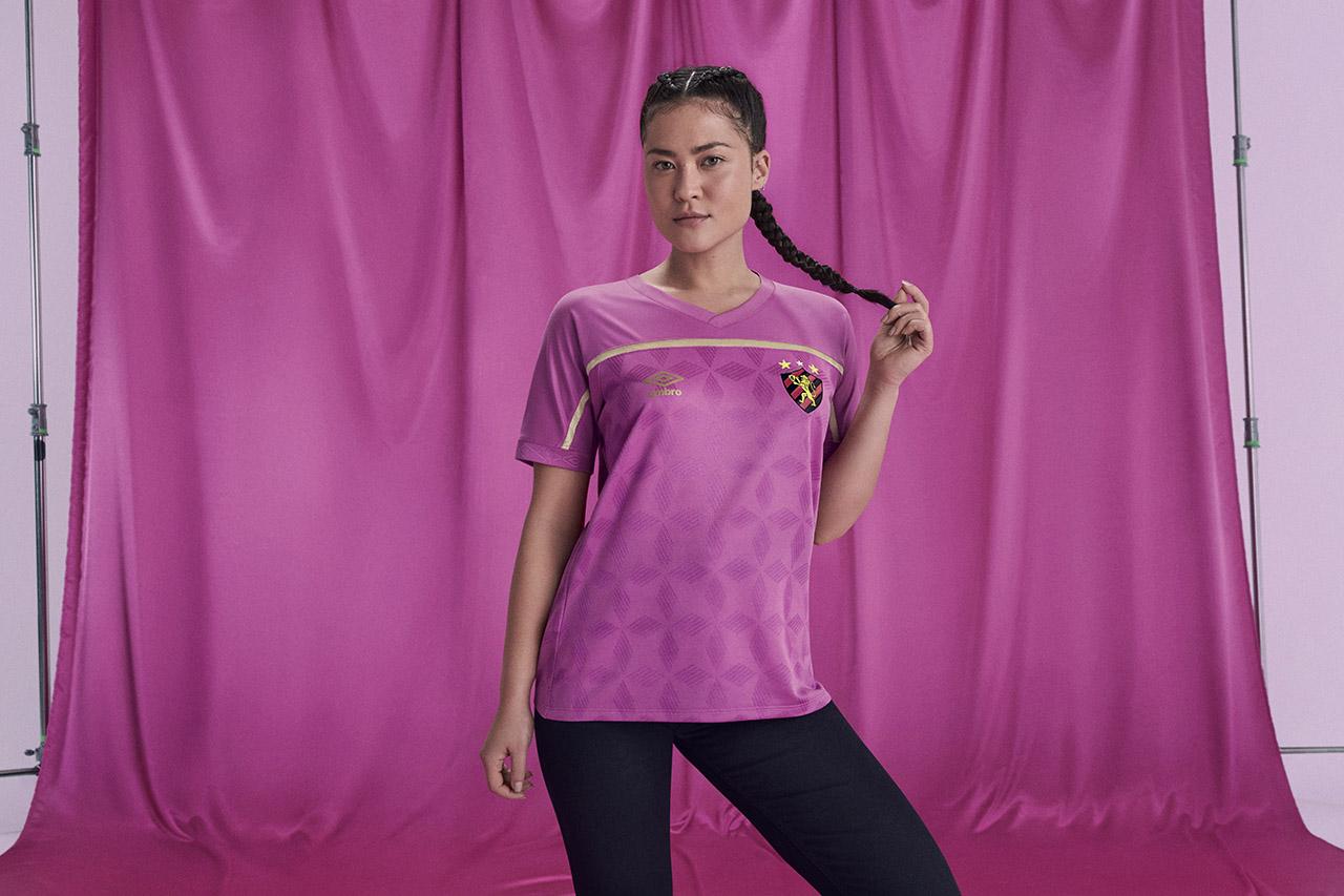 Camisa Umbro FEMAMA Outubro Rosa Sport Recife