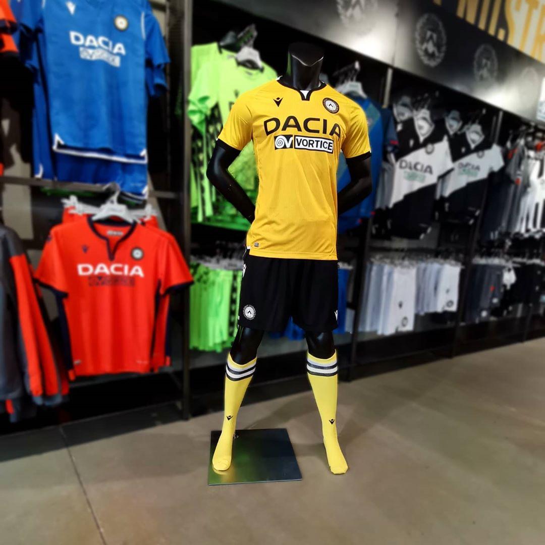 Terceira camisa da Udinese 2020-2021 Macron