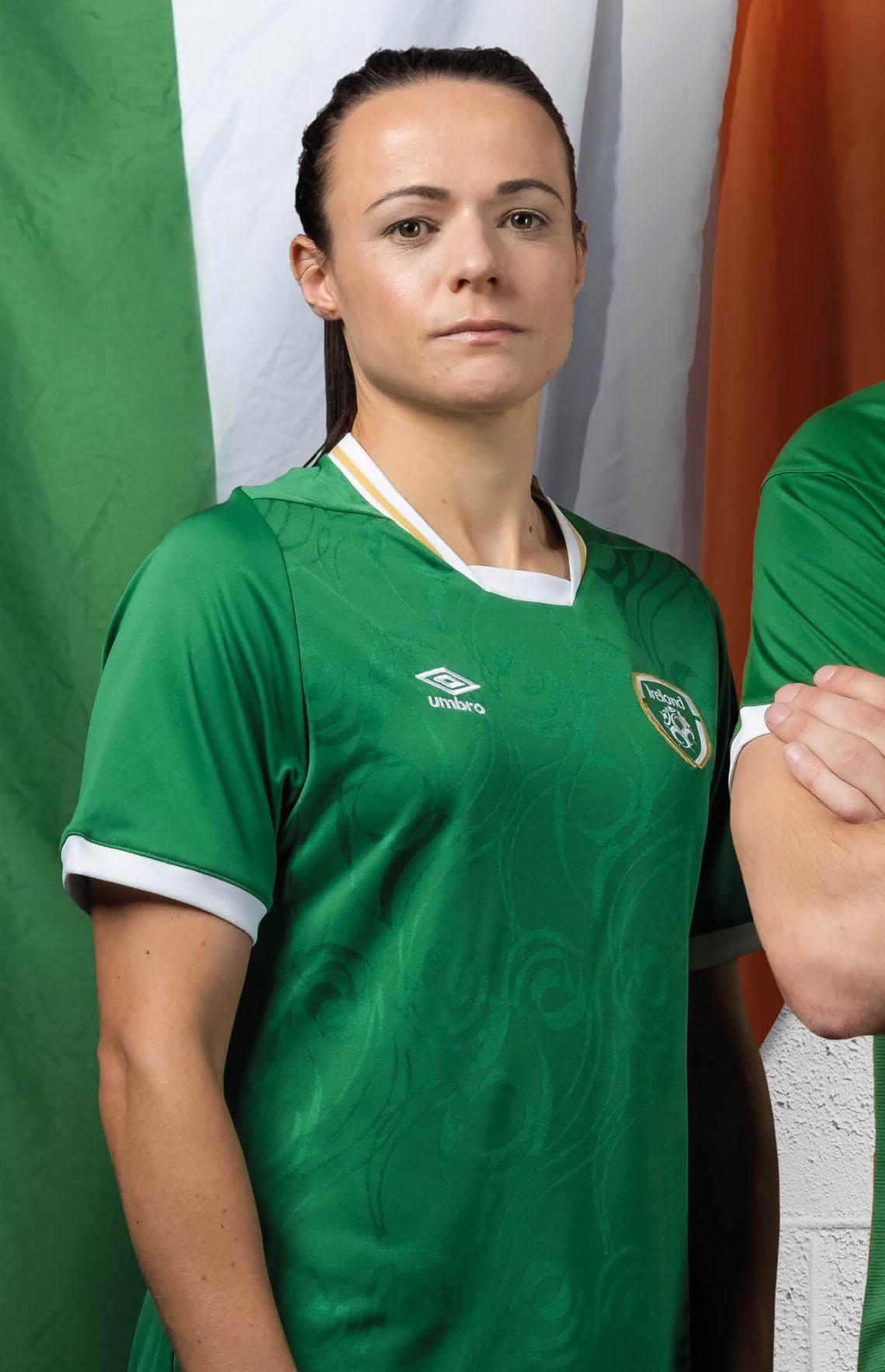 Camisas da Seleção da Irlanda 2020-2021 Umbro Home Mulher