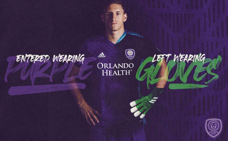 Após vaga heroica, Orlando City vende camisa de goleiro para zagueiro Rodrigo Schlegel