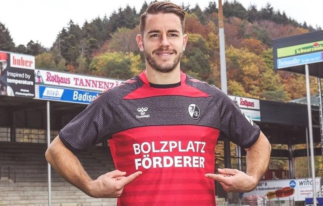 Camisa especial do SC Freiburg 2020-2021 Hummel