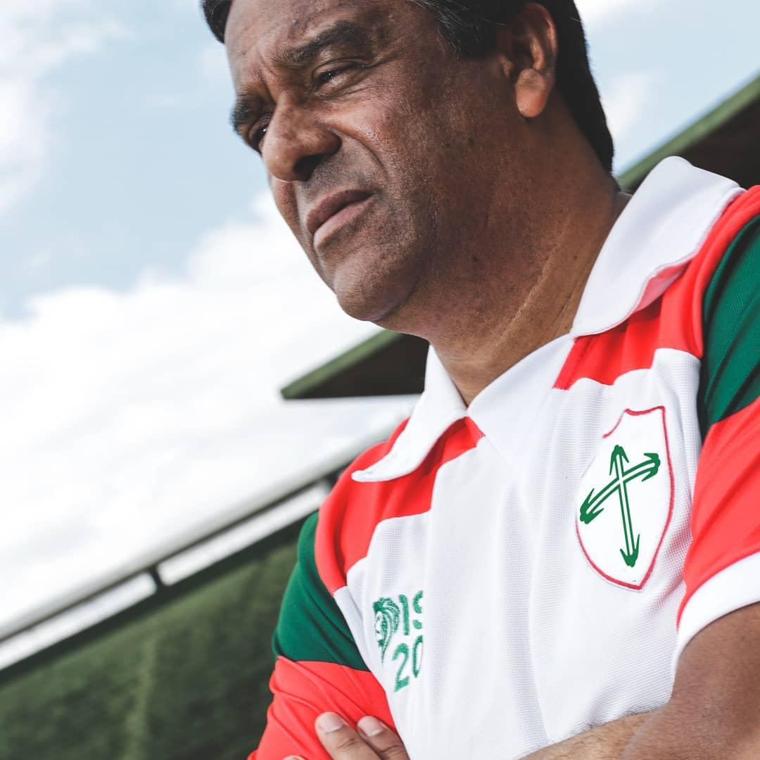 Portuguesa lança coleção retrô Legends