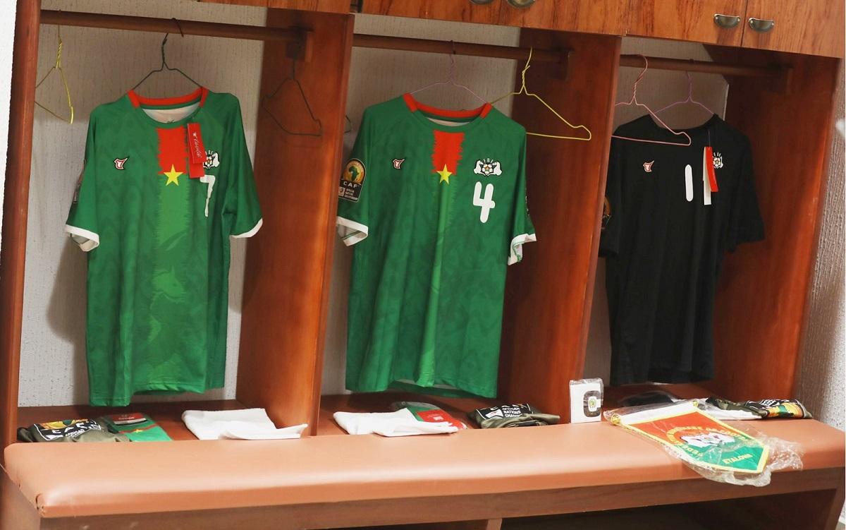 Camisas de Burkina Faso 2021 Tovio