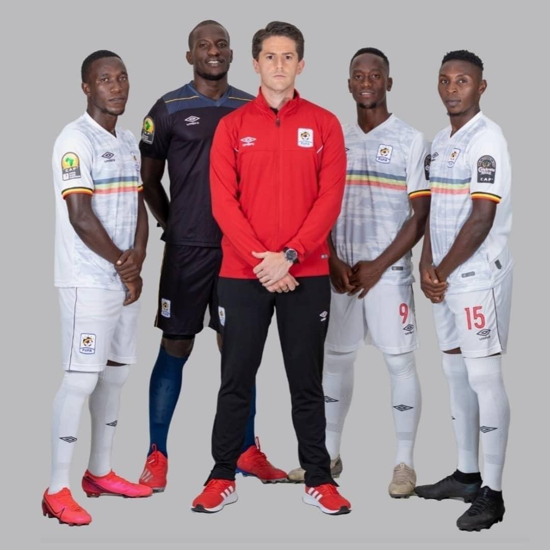 Camisas de Uganda 2021 Umbro