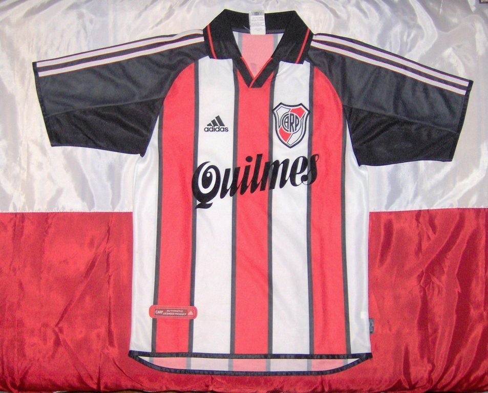 Terceira camisa do River Plate 2021 Adidas 2000