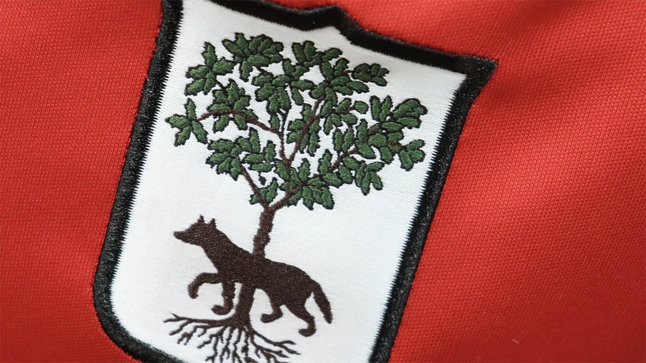 Camisa dos 113 anos do Lecce M908 escudo