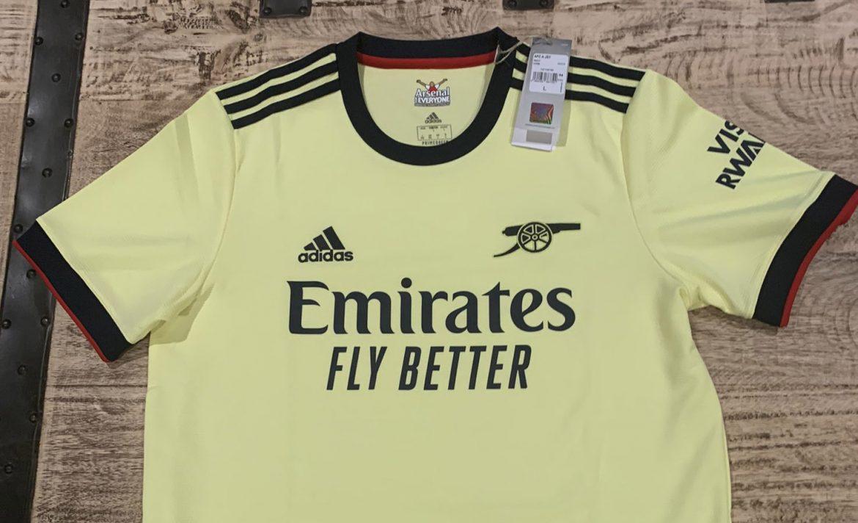 Camisa reserva do Arsenal 2021-2022 Adidas a