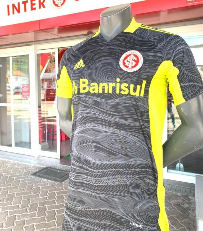 Camisas de goleiro do Internacional 2021-2022 Adidas