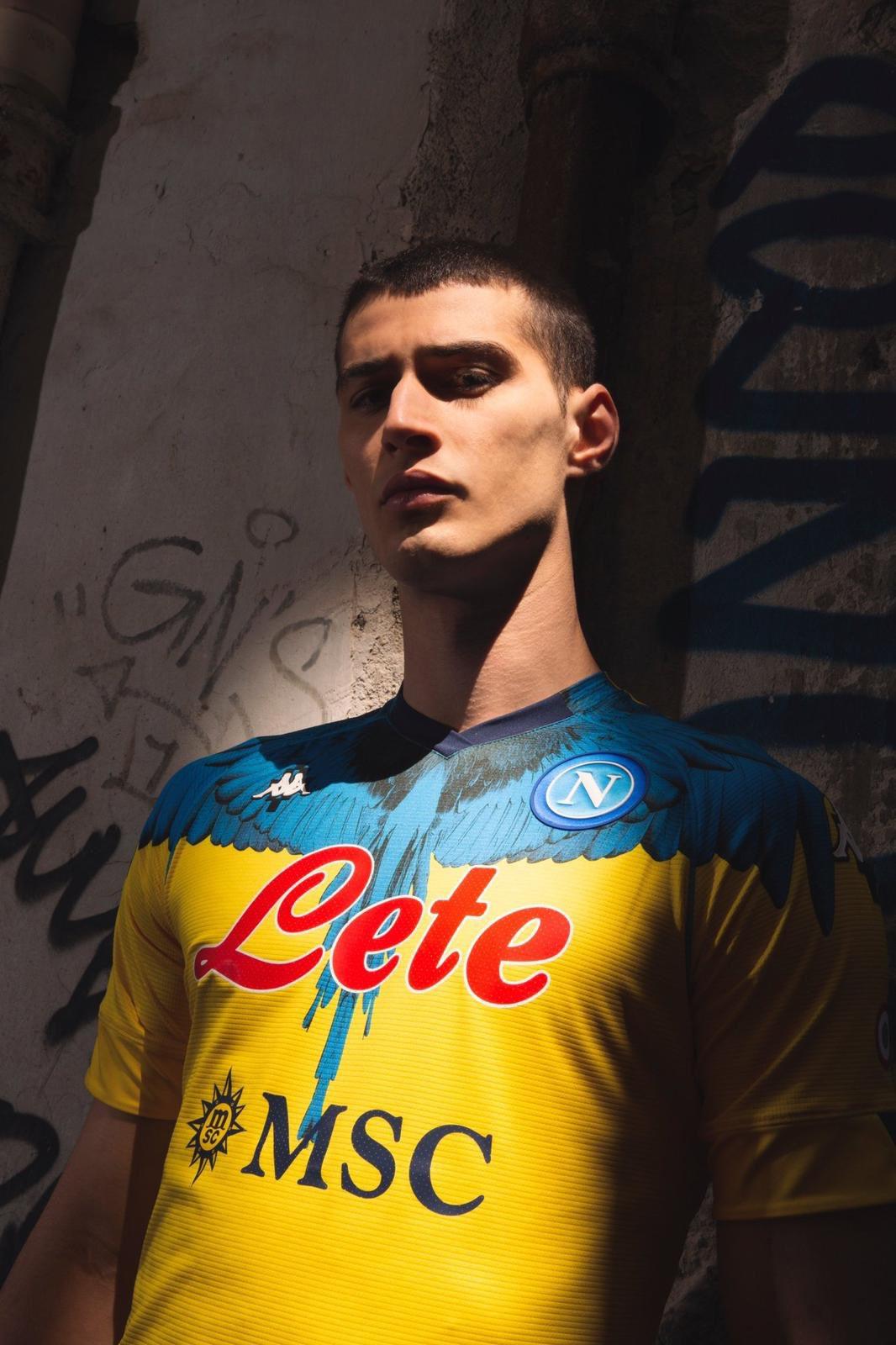 Camisas do Napoli 2021 Kappa x Marcelo Burlon GK