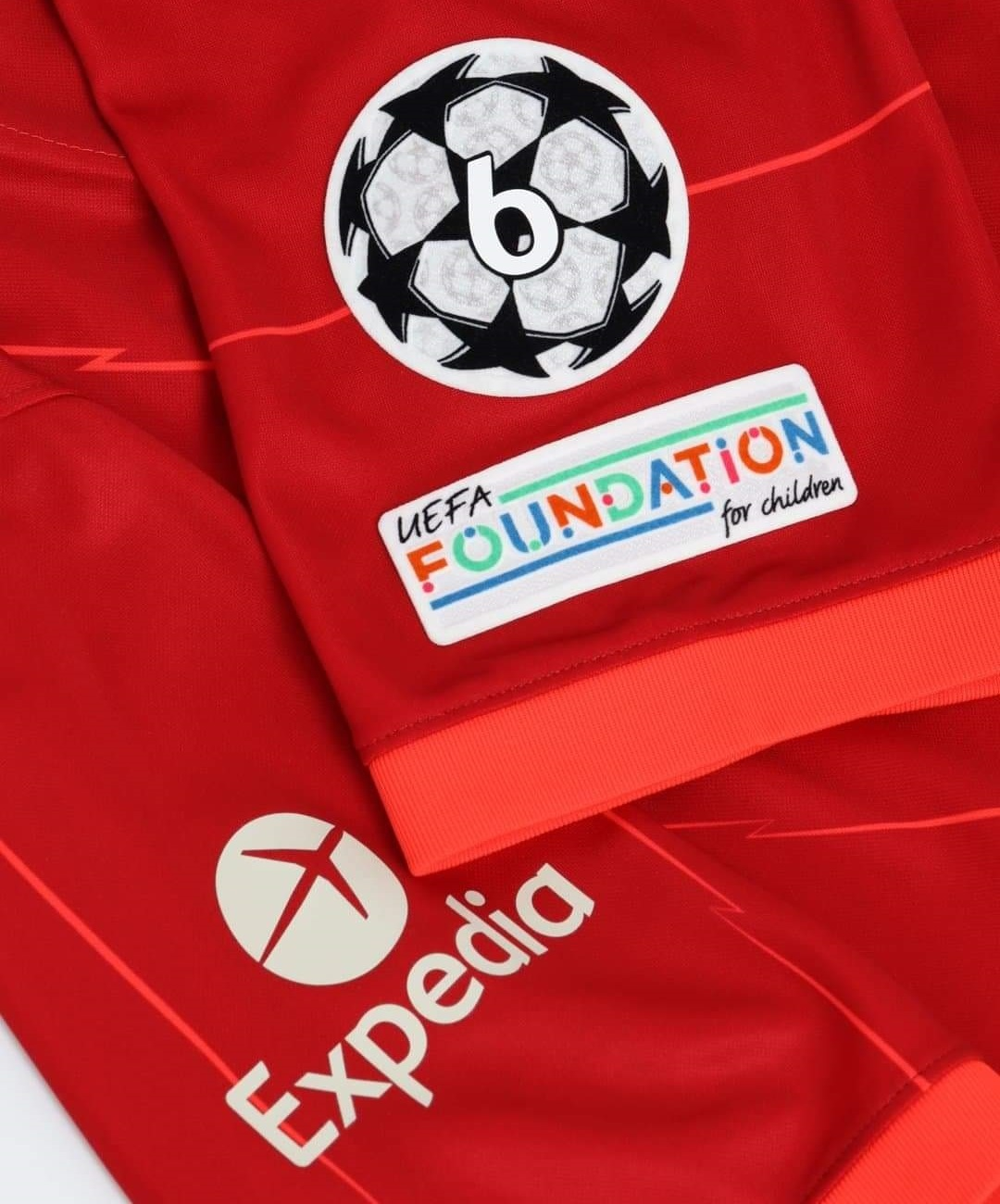 Novos patches da UEFA Champions e Europa League