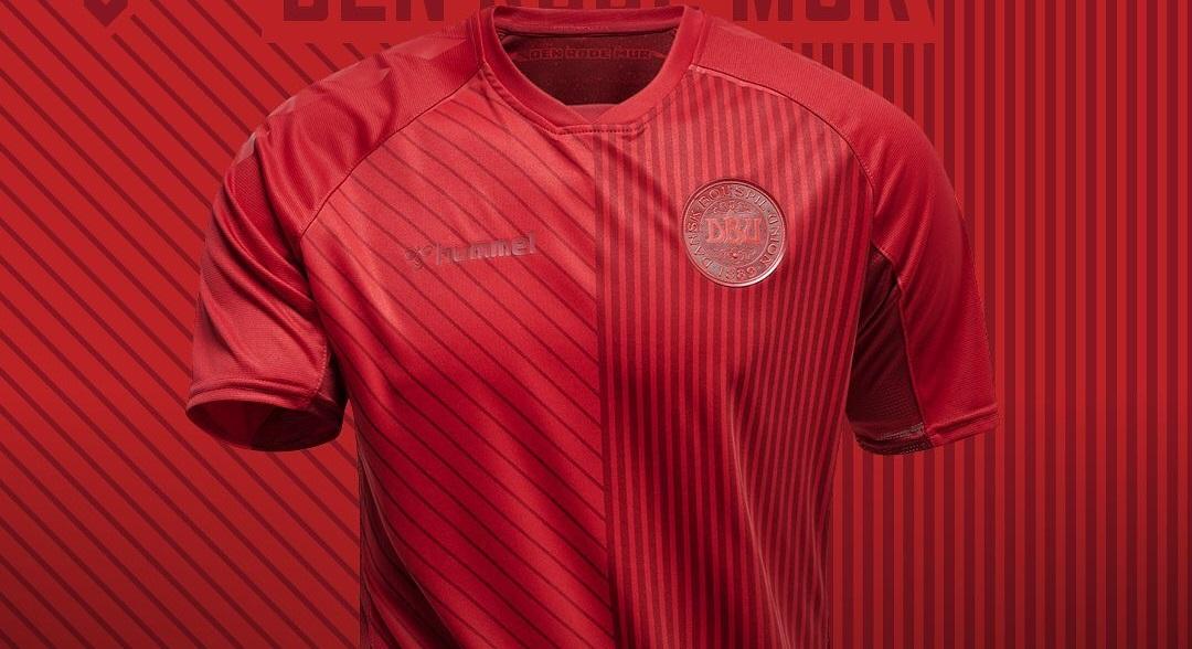Terceira camisa da Dinamarca 2021-2022 Hummel
