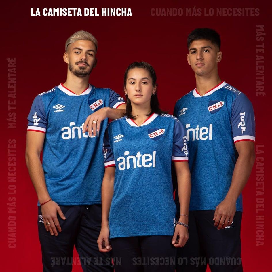 Camisa azul do Club Nacional 2021-2022 Umbro