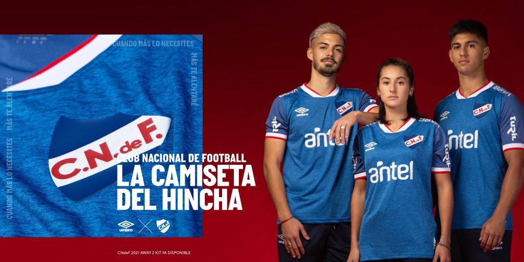 Camisa azul do Club Nacional 2021-2022 Umbro a