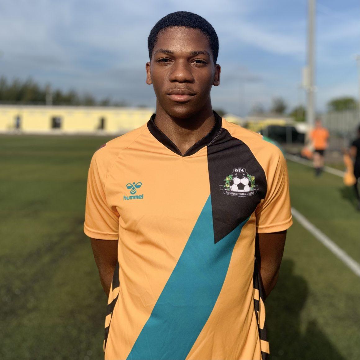Camisas de Bahamas 2021-2022 Hummel