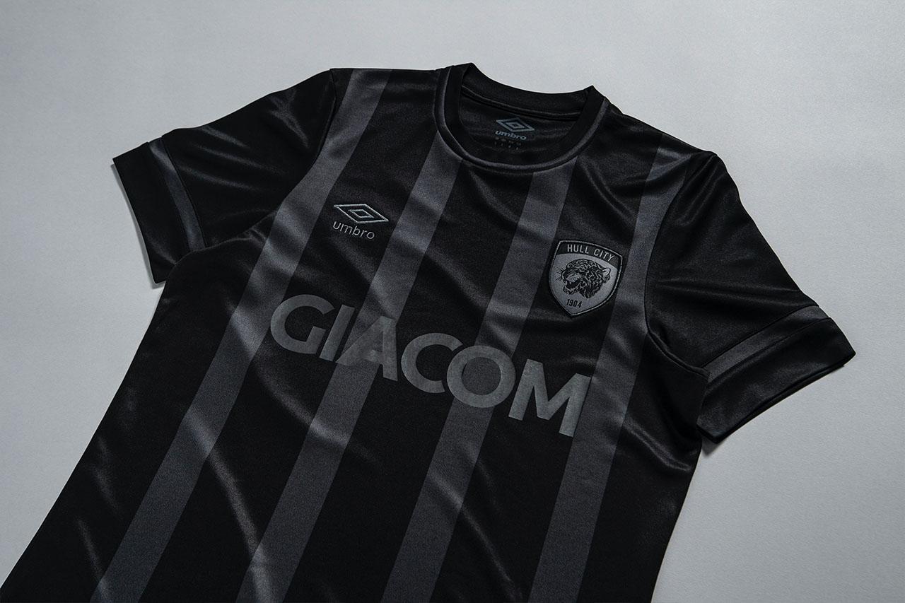 Camisas do Hull City 2021-2022 Umbro
