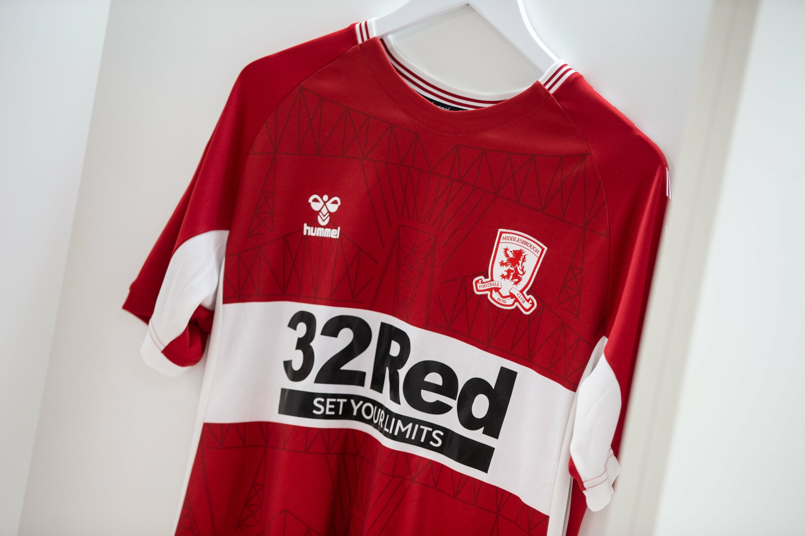 Camisas do Middlesbrough 2021-2022 Hummel