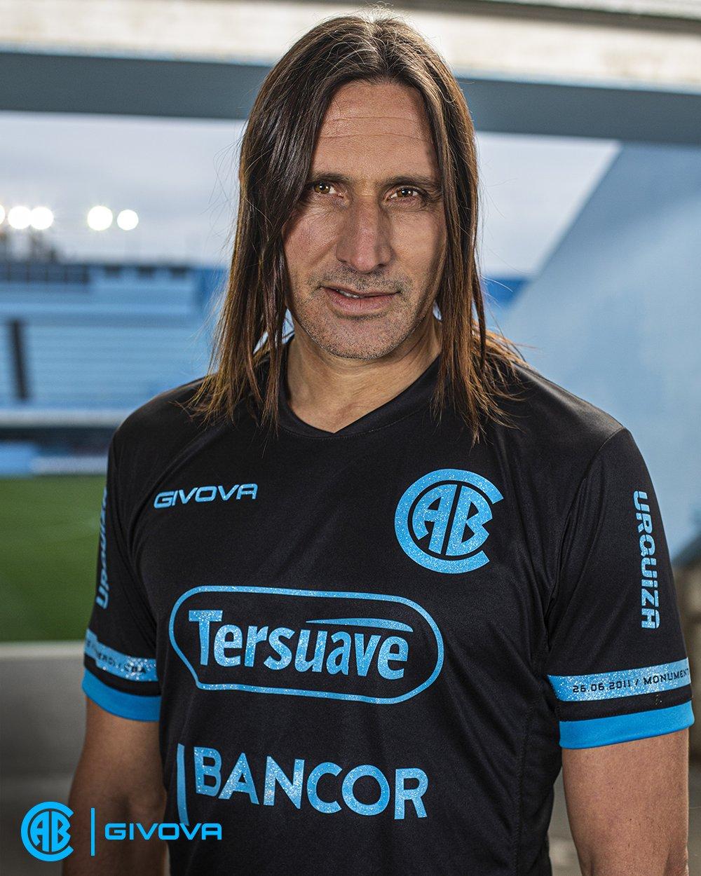 Terceira camisa do CA Belgrano 2021 Givova
