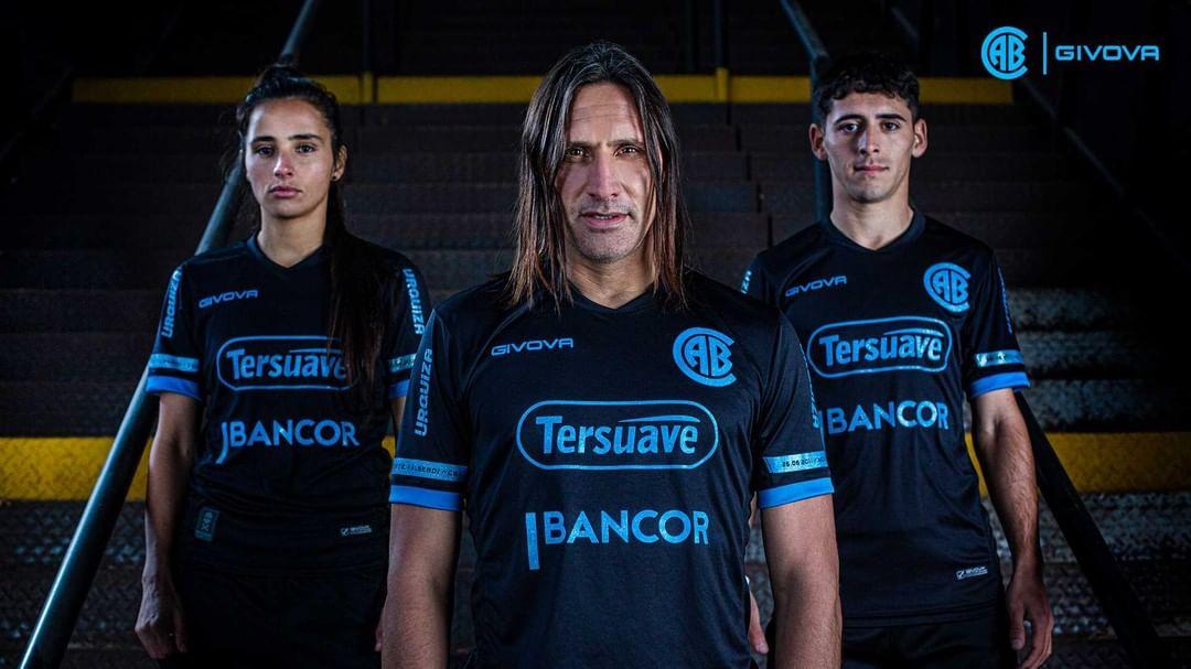 Terceira camisa do CA Belgrano 2021 Givova a