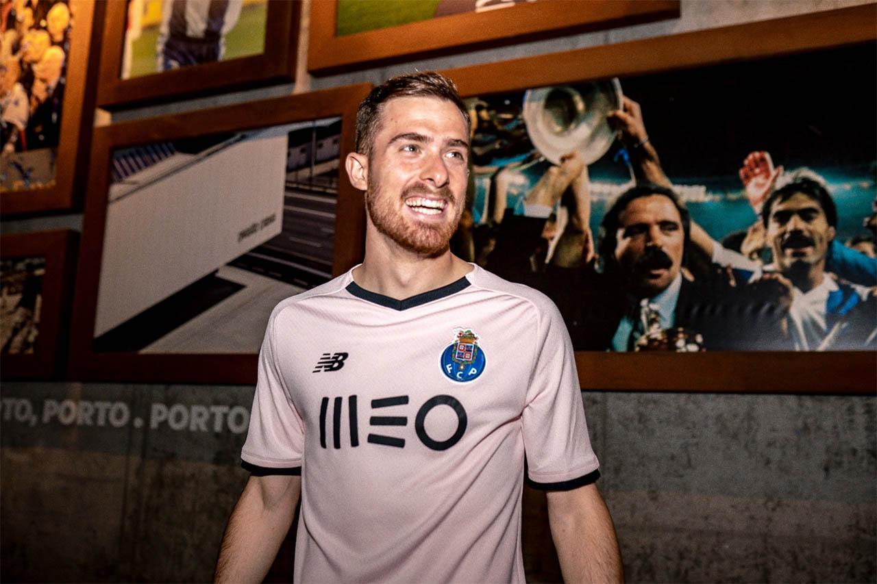 Terceira camisa do FC Porto 2021-2022 New Balance