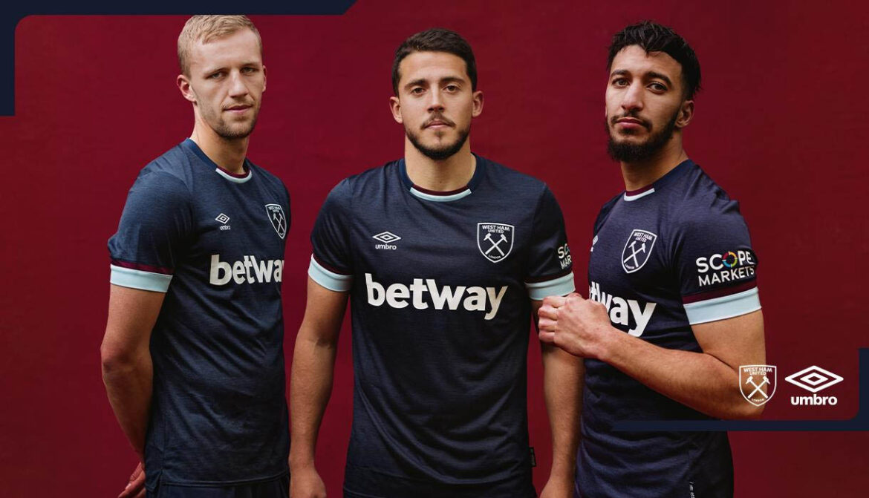 Terceira camisa do West Ham 2021-2022 Umbro a