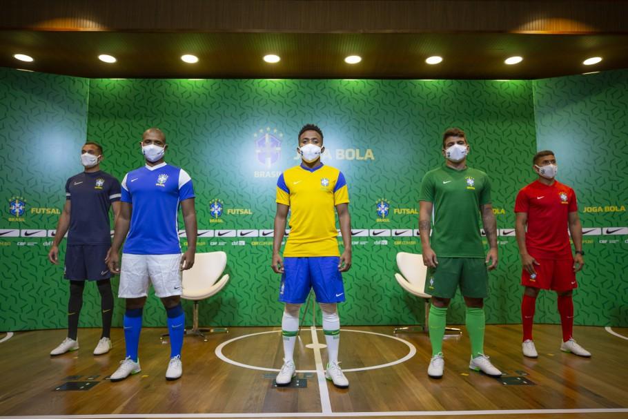 Camisas da Seleção Brasileira de Futsal 2021-2022 Nike a