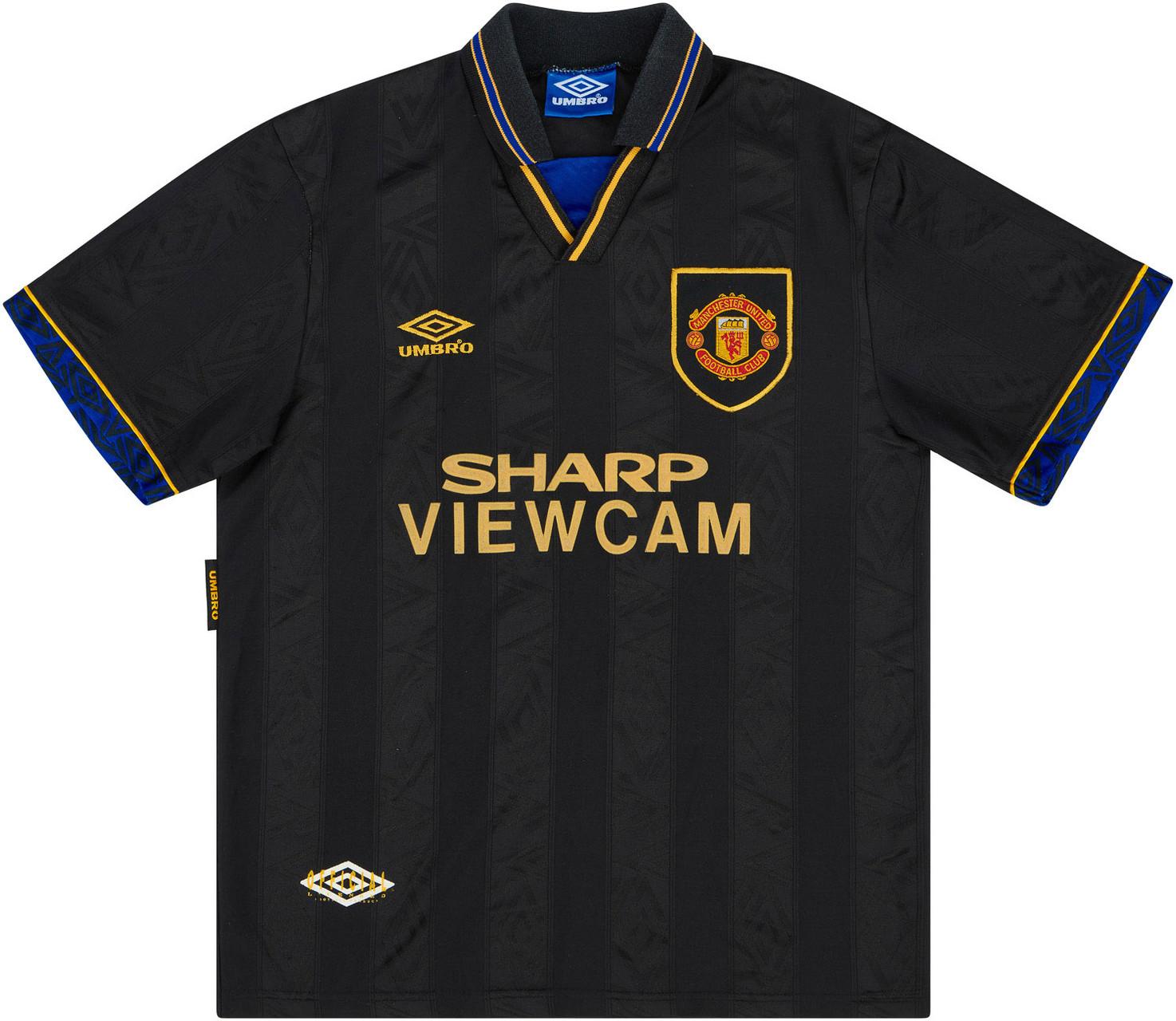 man-united-93-94-away