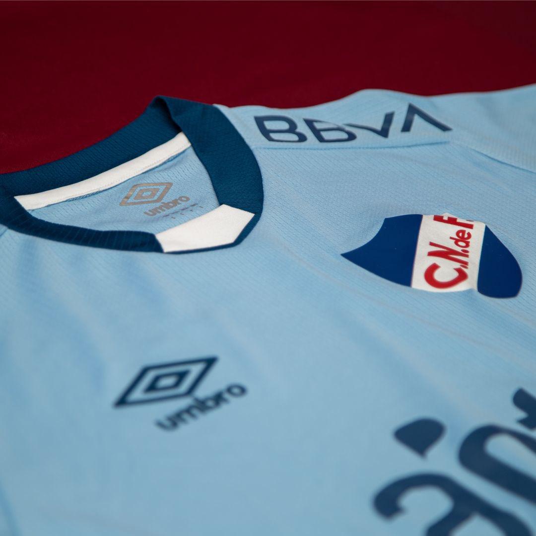 Camisa celeste do Club Nacional 2021-2022 Umbro