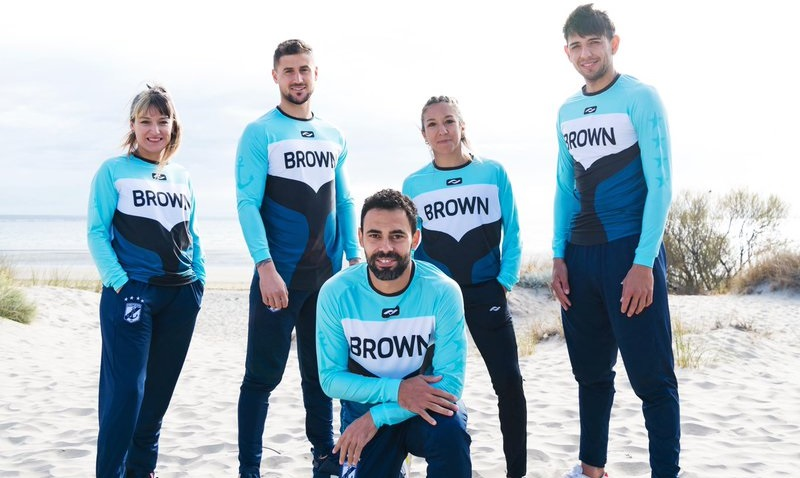 Quarta camisa do Guillermo Brown 2021-2022 Coach
