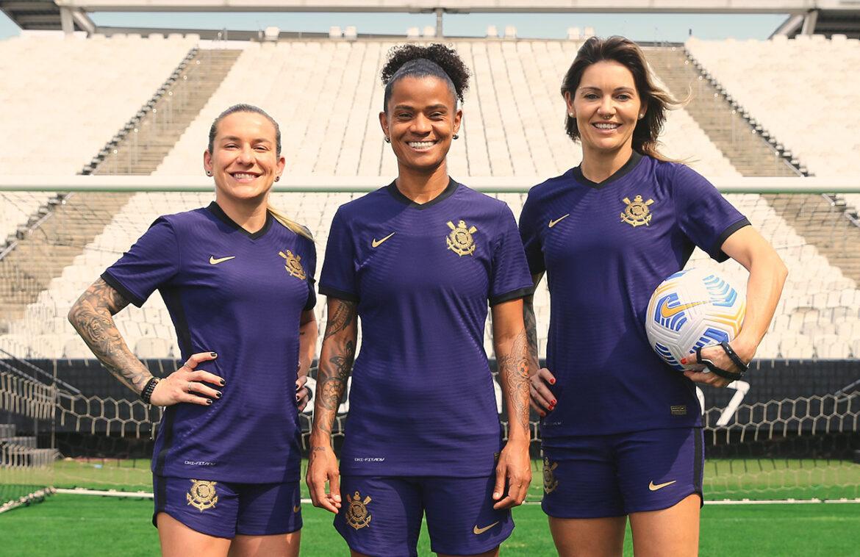 Terceira camisa do Corinthians 2021-2022 Nike a