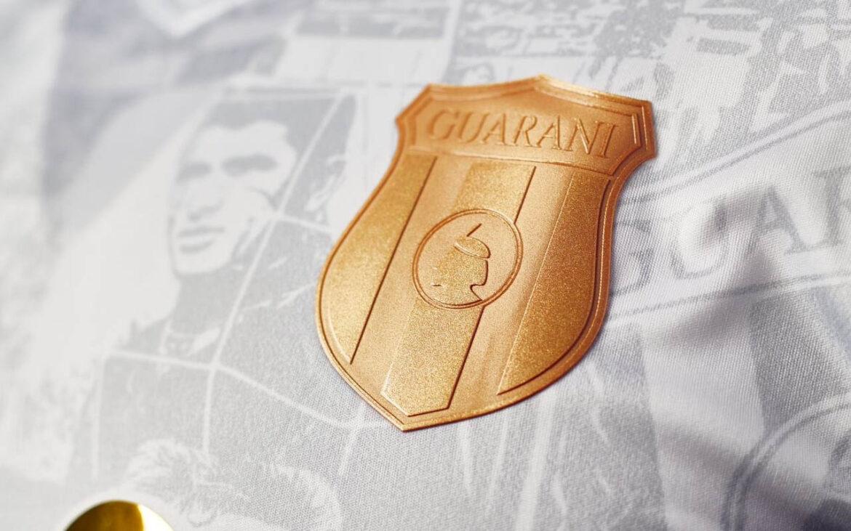 Camisa dos 118 anos do Club Guaraní 2021 Kyrios a